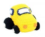 Gehaakte auto geel